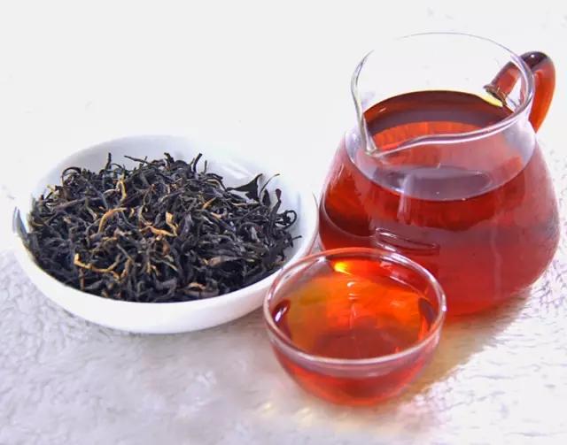 金骏眉茶汤